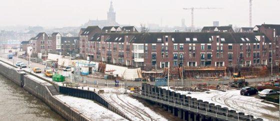 Hoogwaterkering Nijmegen vertraagd door oude funderingen