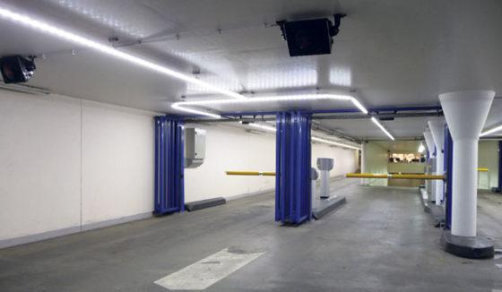 Parkeergarage Baadt In Licht Met Led Armatuur Cobouw Nl