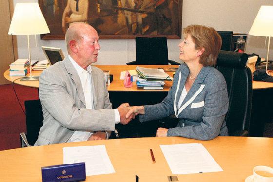 'Oud-advocaat Ad Bosdeclareerde 170.000 euro te veel'