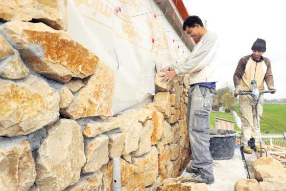 Grafsteen houdt natuursteenbedrijf overeind