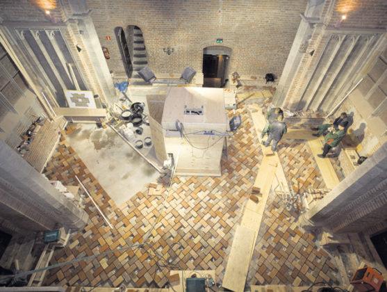 Restaureren in de Dom
