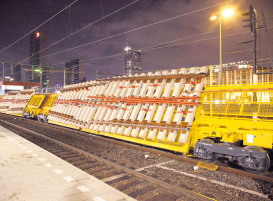 Spoorbouw zet schuine wagons in