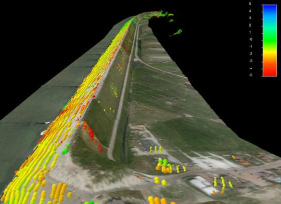 Hansje Brinker controleert dijk vanaf 800 kilometer hoogte