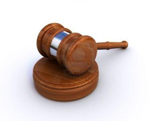 Snoeien van een juridisch struikgewas