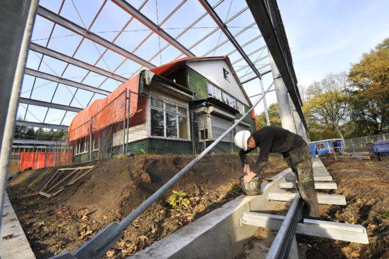 Bouwfoto van de Dag: Glazen overkapping in Westerbork