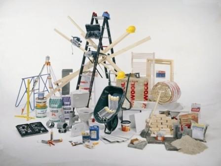 Fabrikanten bouwmaterialen schrappen arbeidsplaatsen