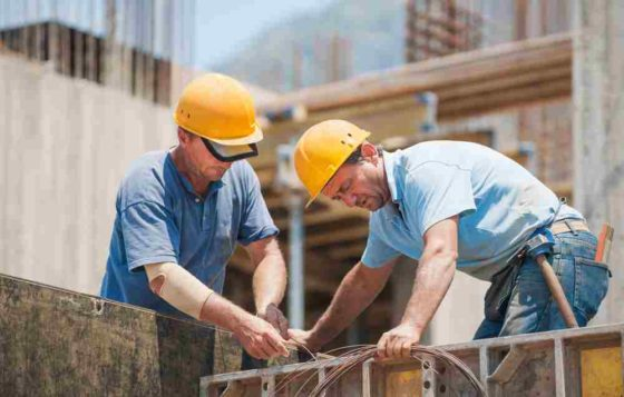 1 op 3 bouwers jaagt op personeel