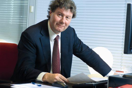 Taco van Hoek (EIB): 'Overheden veroorzaken bewust schaarste op woningmarkt'