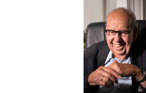 Wiegel (89) stopt na 55 jaar bij Cobouw