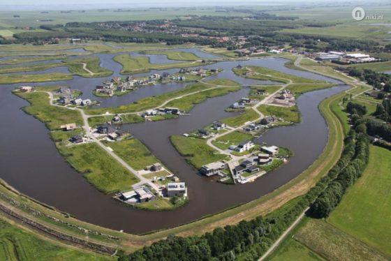 Woningplannen Blauwe Stad splijten provinciebestuur Groningen