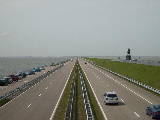 Overslagbestendige Afsluitdijk oud idee