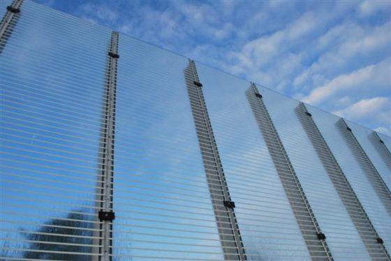 Vier Kilometer glaspaneel op afroep beschikbaar