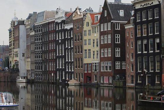 Woningprijzen Amsterdam blijven stijgen