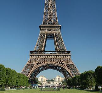Parijs reserveert 300 miljoen euro voor renovatie Eiffeltoren