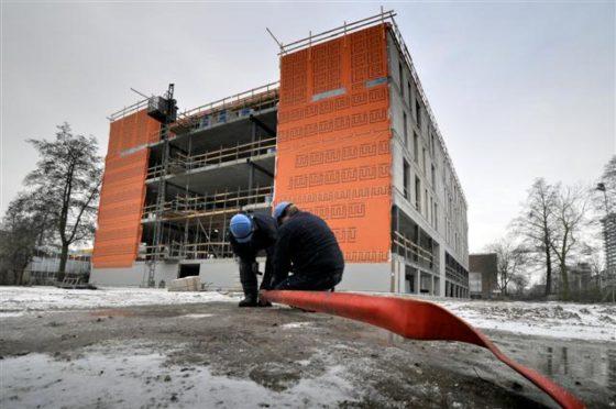Woningcorporaties houden te weinig rekening met veiligheid bouwvakker