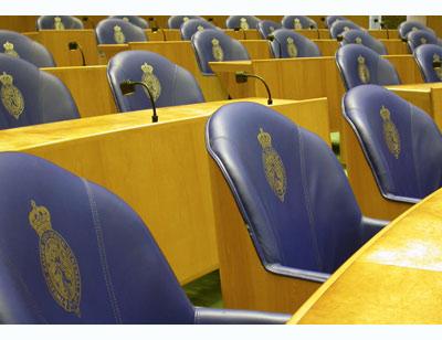 Tweede Kamer stuurt Aanbestedingswet bij