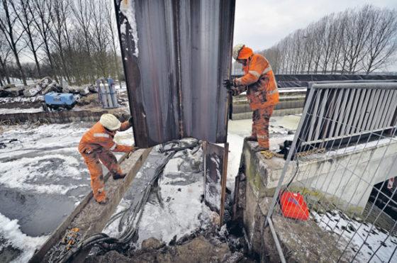 Aquaduct in april weer waterdicht
