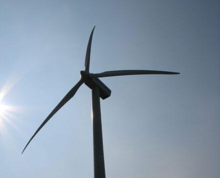 Dorp demonstreert tegen windmolens