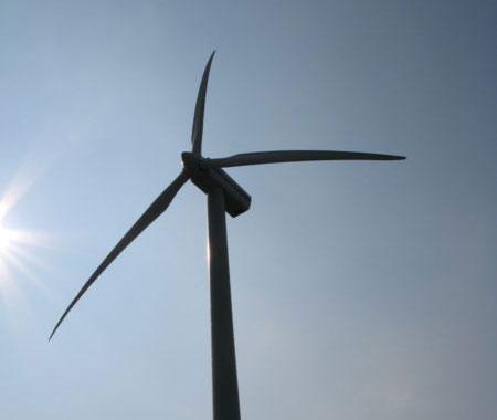 Verhagen doet onderzoek naar windmolenparken