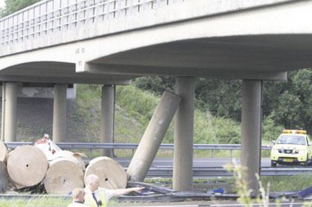 'Stijvere geleiderail kan omrijden middenpijler voorkomen'