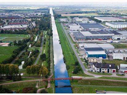 Grootste composiet sluisdeuren ter wereld in Tilburg