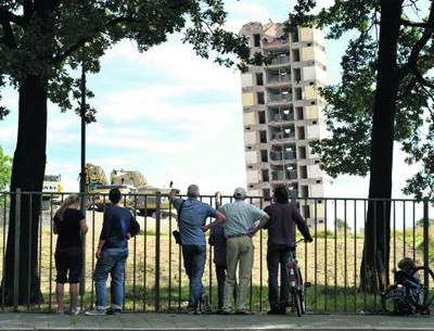 Resterende deel Philips-gebouw VH machinaal gesloopt