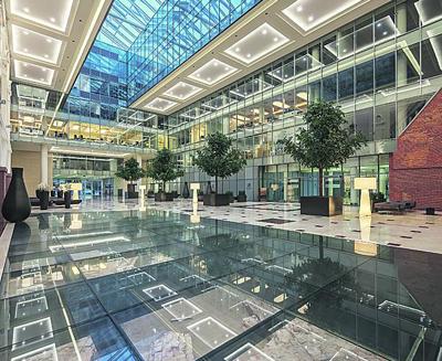Fundamenten Poolse nationale bank dragen statig kantoorpand