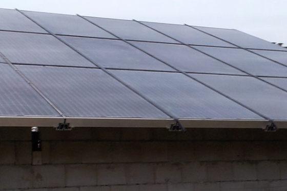 Essent gaat honderden asbestdaken boerenbedrijven vervangen door zonnepanelen