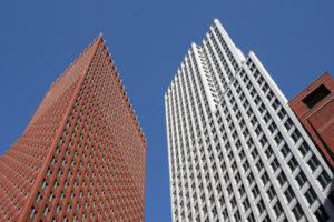 'Floor walkers' nog lang nodig in ministerie-torens met bollenvloeren