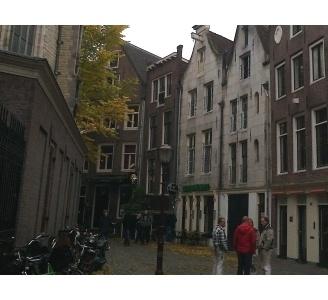 Pensioenfondsen investeren in Wallengebied Amsterdam