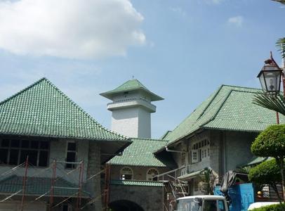 Hollandse dakpannen voor paleis sultan Johor