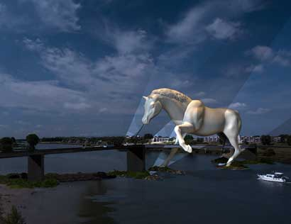 'Paard van Troje' leidt verkeer over rivier