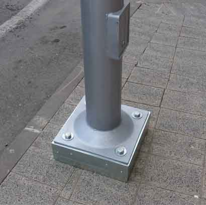 Lichtmast met afbreekrand beperkt aantal verkeersslachtoffers