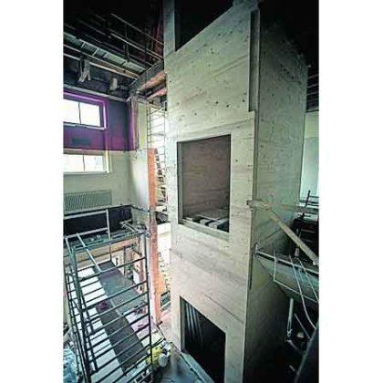 Stadsgehoorzaal krijgt houten liftschacht bij renovatie