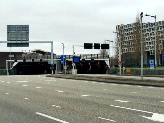 Strukton past op tunnels Amsterdam