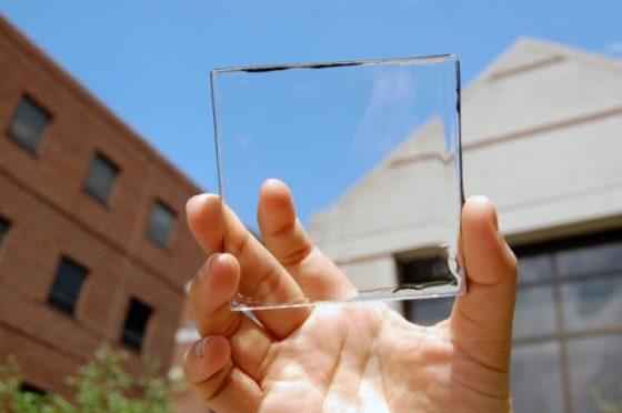 Volledig transparante zonnecel voor ramen en overkappingen