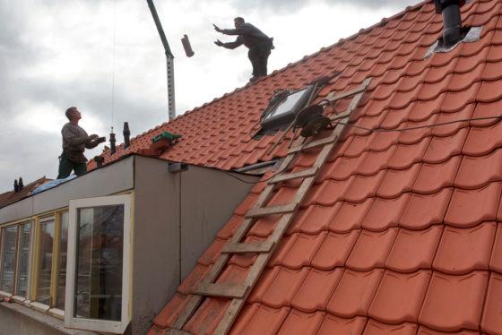 'Met een veilige bouwlift alleen red je het niet'