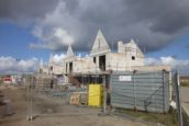 Plasterk: voldoende bouwgrond