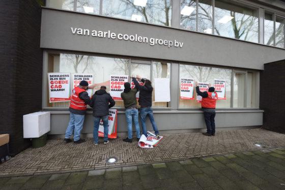 Schilders voeren actie bij schildersbedrijf Tilburg