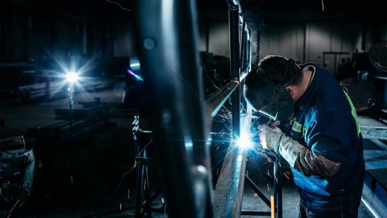 Cao-akkoord kleinmetaal: duizenden vaste banen voor jongeren