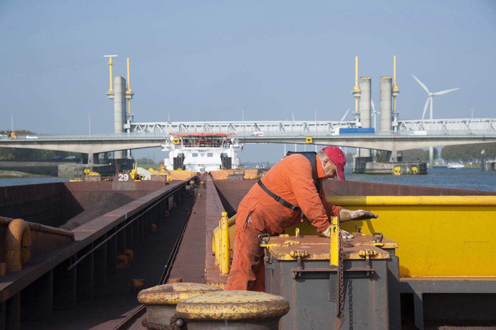 Grondstoffenstransport voor de staalindustrie