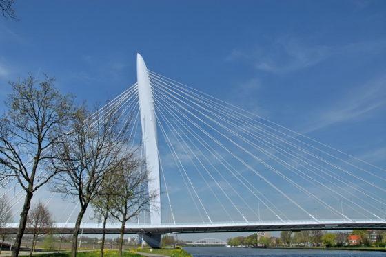 Schultz: bruggen verhogen vrijwel nergens rendabel