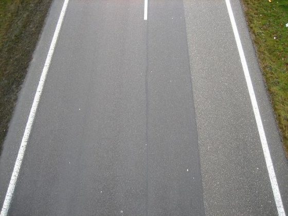 Antivries asfalt fietsbrug werkt