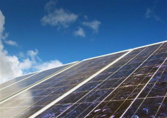 'Stop met financieren zonnepanelen scholen'
