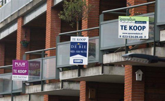Huizenprijzen stijgen in april minder dan in maart