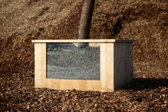 Granulaat met natuursteen verdicht minder en bevordert boomgroei