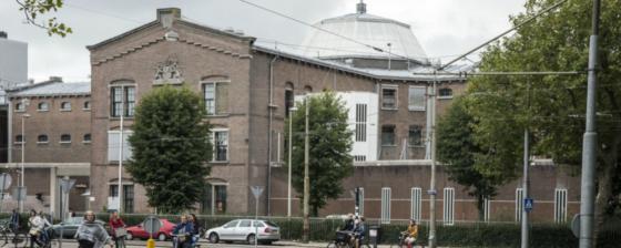 Oude gevangenis Havenstraat Amsterdam wordt school