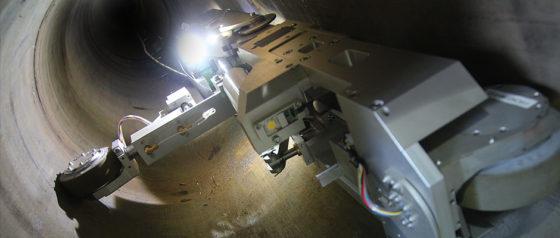 Robot controleert en herstelt hoofdgasleiding