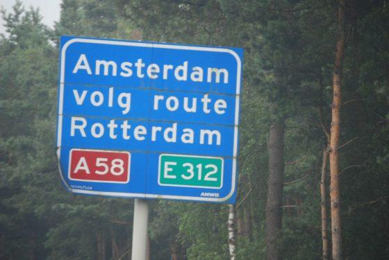 Amsterdam en Rotterdam: urban heroes?