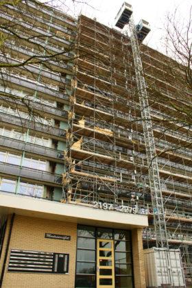 Bouwer renoveert flat buitenlangs